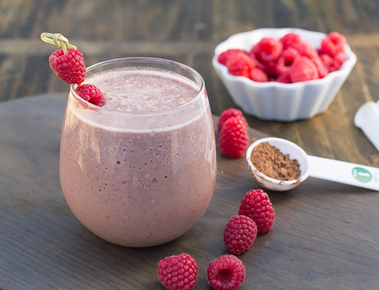 Muscle-Building-Protein-Smoothies-ironbuttz.com_